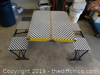 Fold Up Picnic Table W/seats