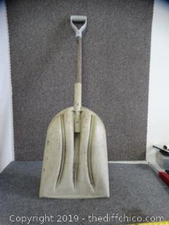 Plastic Scoop Shovel