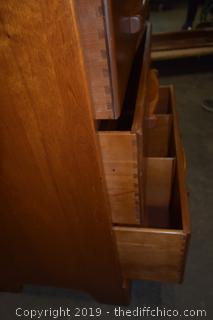 5 Drawer Solid Maple Dresser