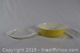 Pyrex Casserole Dish w/Lid