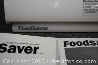 FoodSaver Vac 1075 plus Accessories-Powers Up
