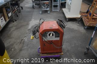 Lincoln Working Arc Welder-dolly not included