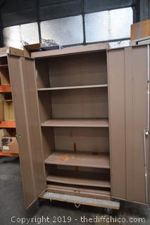 Metal Cabinet w/Adjustable Shelves