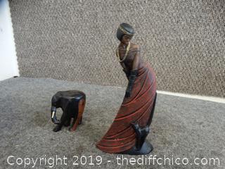 2 Statues