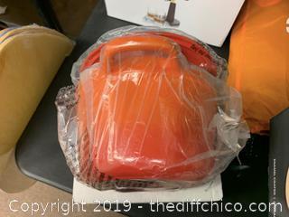 Zelancio 6 Quart Oval Enameled Cast Iron Dutch Oven with Lid - Orange (J4)