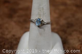 Sterling Silver Ring Size 8 w/Aquamarine
