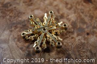 Brooch / Pin
