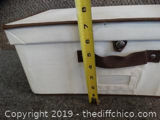 Canvas Box