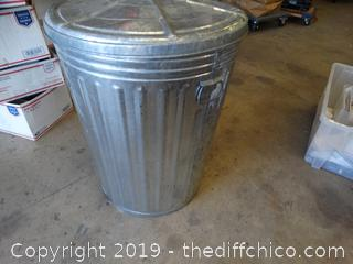 Aluminum Trash Can With Lid
