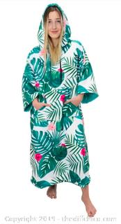 Driftsun Surf Poncho, Privacy Changing Robe - White Palm (J19)