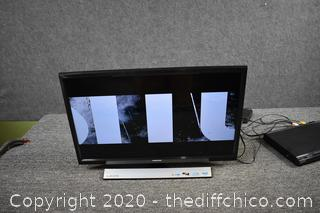 24in Samsung TV w/Remote