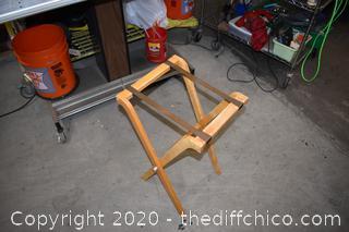 Folding Luggage Stand