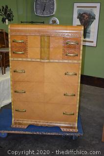 Vintage Waterfall 5 Drawer Dresser