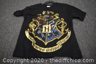 Shirt - Size L
