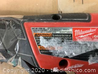 Milwaukee M18 FUEL 18-Volt Lithium-Ion Brushless Cordless 4-1/2 in. / 5 in. Grinder (J57)