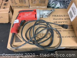 Milwaukee 6.8 Amp 18-Gauge Shear (J66)