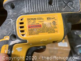DeWalt DCF620 Drywall Screw Gun & DCS551 Drywall Cutting Tool With Bag (J71)