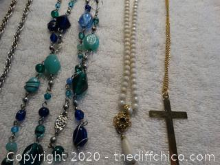 Mixed Necklaces