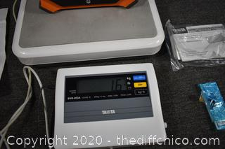 Working Electronic Scale