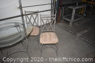 Table w/4 Chairs