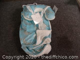 New Baby Blanket With Pillow