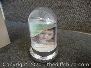 Avon Snow Globe Picture Holder