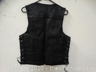 UNIK Ultra Leather Vest Size Small