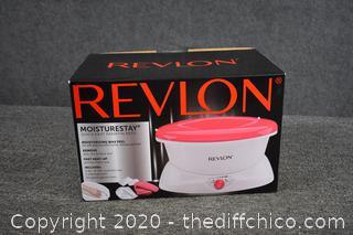 Revlon NIB Moisture Stay Quick Heat Wax Bath