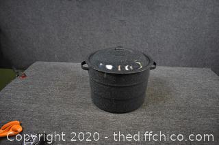 Granite Pot w/Lid