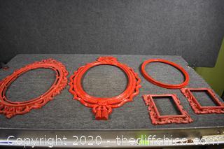 5 Plastic Frames
