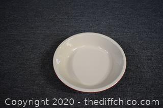 Le Creuset Pie Plate