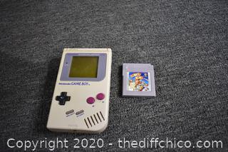 Nintendo Game boy w/Game-powers up
