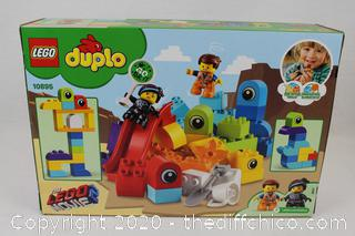 NEW SEALED LEGO DUPLO Movie 2 Emmet and Lucy's Visitors from the DUPLO 10895