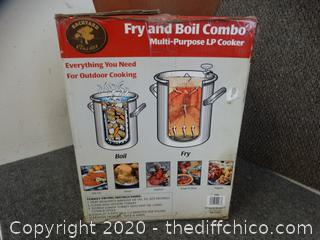 Fry & Boil Combo appears to be NEW