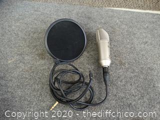 Benringer Microphone  B-1 10-BD