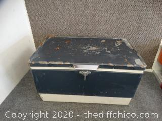 Coleman Ice Chest see pictures