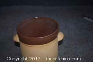 Clay Pot w/Lid