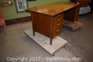 Large Walnut Desk-no key