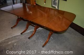Vintage Mahogany Drop Leaf Duncan Phyfe Table w/3 Leafs