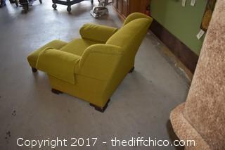 Chair w/Ottoman
