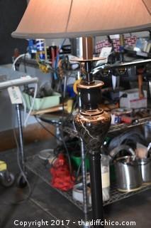 Working Adjustable Pole Lamp