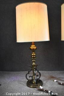 Pair of Working Vintage Lamps w/Shades