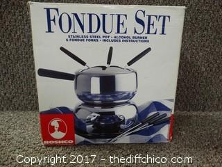 Fondue Set NIB