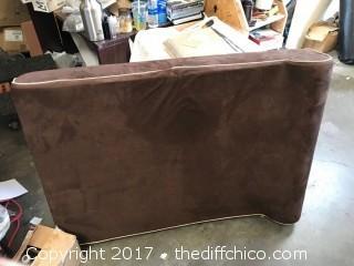 Big Brown Pet Bed