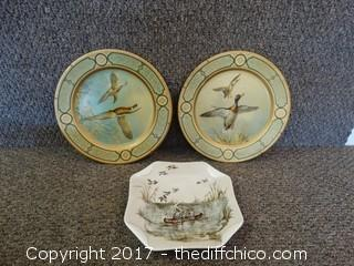 3 Collectible Plates