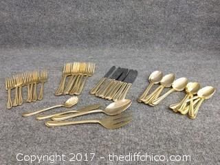 24K Gold Electroplated Flatware Farberware 18/0 China - 42 Piece