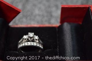2 Carat Platinum Diamond Ring-Retail $6,000-Size 7 1/2