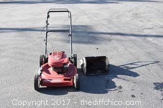 Toro Working 6.5HP Lawnmower w/Grass Catcher