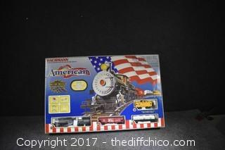 /electric Train Set-Looks New in Box