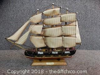 Bergantin Ship